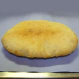 ピザ生地44 楕円2次発酵後焼き上がり*45 8.9x.jpg